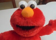 2006 Fisher Price Elmo Loves You Talking, Singing Toy With Light Up Heart Eyes