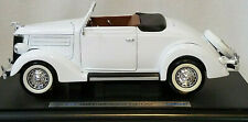 Welly 1936 Ford Deluxe White  Cabriolet 1:18 Scale  (B-7)  *