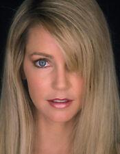 Heather Locklear UNSIGNED photo - H2869 - BEAUTIFUL!!!!!