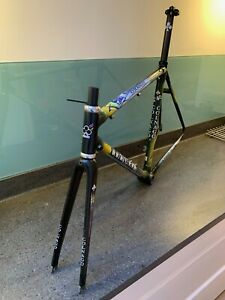 COLNAGO C40 ART DECOR CARBON VINTAGE ROAD RACE FRAME 1990s *VGC* CAMPAGNOLO FIT
