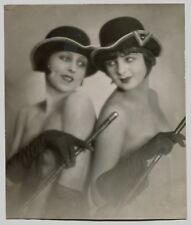 Photo Cabaret - Danseuses - Chapeaux - Cavalières - Epreuve argentique 1930 -