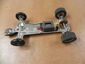 NICE 1/24TH CHASSIS ROLLER WITH MOTOR