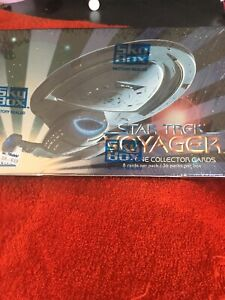 1995 SKYBOX STAR TREK VOYAGER SERIES ONE FACTORY SEALED BOX OF 36 PACKS OF CARDS