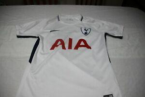 Maillot Tottenham de La Marque Nike Taille M Publicité Aia Du N°7 Sont T-Shirt