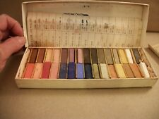 Vintage Grumbacher 30 Soft Pastels 00/P Half-Length - Art, Crafts, Drawing