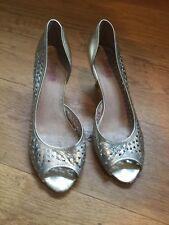Ladies Jones Gold Heeled Peeptoe Shoes Size 6.5 (EU 40)