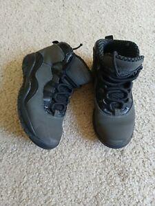 Boys Air Jordan Shoes –Size 12C preowned Gray/Black