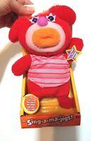 Original In Box Red Sing A Ma Jig Yankee Doodle 2010 Mattel Works/Sings