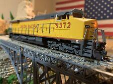 Bachmann Spectrum HO Scale UP Union Pacific Dash 8-40CW Diesel Locomotive #9372