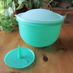Tupperware Crisp It #1424 Lettuce Bowl  Keeper Jadeite  Dome Lid + Spike  USA