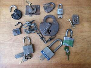 10  USED / VINTAGE LOCK & KEYS : BELL,CORBIN, BRUIN,  MASTER,