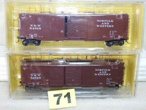 SET OF TWO KADEE HO SCALE NORFOLK & WESTERN 50' PS-1 BOXCARS NEW READY TO RUN