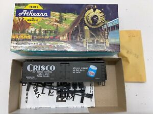 """Athearn #5204 HO """"CRISCO 40' Wood Reefer Car P.G.R.X. #4181"""" KIT - NEW OLD STOCK"""