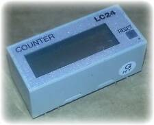 Counter, LCD, Half Size, DIN, Non-Voltage Input, PC Board Mount, Manual Reset