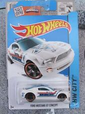 HOT WHEELS 2015 #049/250 FORD MUSTANG GT Concept bianco POLIZIA SCERIFFO Long CARD