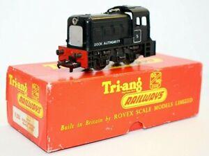 Vintage Triang R253 OO 0-4-0, Black, Diesel Dock Authority Shunter, RN 5, Boxed
