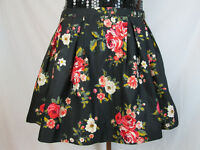 Forever 21 Black Floral Pleated Mini Skirt Size Small