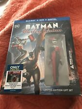 DC Comics Animation Batman and Harley Quinn Blu-Ray Best Buy Gift Set