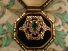 Beautiful 14CT Gold; Glittering Emerald Gemstone & 30 Sparkling Diamonds Ring