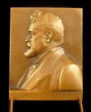 Médaille Au docteur J. J. Peyrot sc Geneviève Granger 41 mm par 32 mm Medal