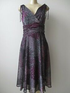 CONNECTED PURPLE & MULTI-COLOR FLORAL DESIGN SLEEVELESS DRESS SIZE 6