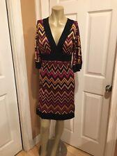 Trina Turk Silk Dress Sz 0 Purple Gold Black Chevron Zigzag Print Back Zipper