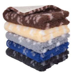 Vet Pet Bed Paws Non-Slip Roll Pro Whelping Dog Machine Washable Bedding