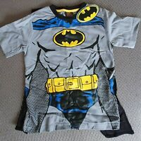 Size 7 Kids Boy Girl Superman or Batman Tshirt with cape