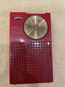 Vintage Red 1954 Regency TR-1 1st Transistor Radio in great condition FREE SHIP