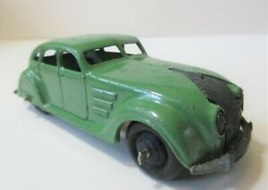 Dinky Toys Early Version Chrysler Airflow Saloon - 1940's Dinky Toy Cars  Green