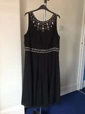 Stunning Monsoon cruise / occasion dress, size 20, excellent condition