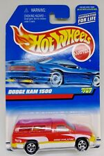 1998 Dodge Ram 1500 Pickup Truck Hot Wheels 1/64 Scale Diecast Truck
