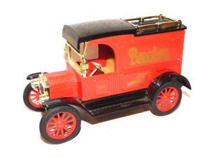 ERTL Replicar 1913 Ford Model T Van Money Box Beaulieu National Motor Museum.