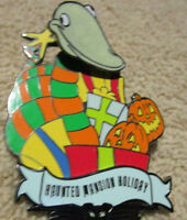 "Official Disney Pin ""Haunted Mansion Holiday"""