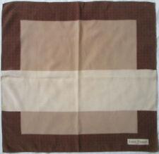 LOUIS FÉRAUD   foulard 100% soie  en TBEG vintage  68 x 70 cm