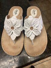 Clarks Artisan Latin Samba white leather cushion wedge slide sandals 8 M