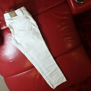 Lee Cooper Jeans Size 28 Ladies Capri 3/4 Cropped Mid Rise White Jeans