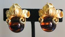 OSCAR DE LA RENTA EYE OF TIGER GLASS CABOCHON VINTAGE COUTURE EARRINGS GOLD CLIP