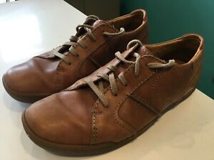 Clarks Mens brown Soft Leather Shoes Size 8.5 G