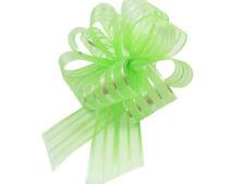 Nœuds, rubans et ficelles vert pour emballage et paquet cadeau