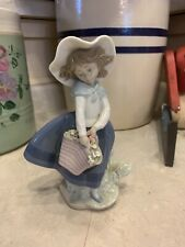 Lladro Spain Porcelain Glossy Pretty Pickings Figurine #5222, Girl with Flowers