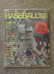"HANK AARON 1969 ""Baseball News"" Magazine NL  -  NM/MINT!!!     (0041)"