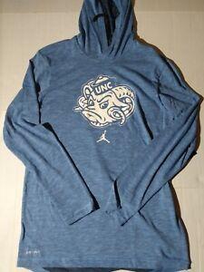 Men's L Nike UNC Tar Heels Dry Fit Long Sleeve Hooded Shirt AV8947 448