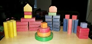 VTG Mixed Lot 42 Piece Wood Building Colored Blocks 11 Different Size & Shapes