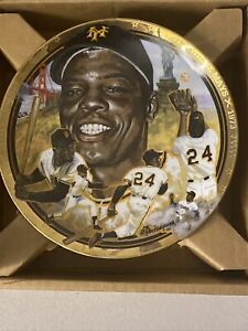 """Hamilton Collection """"The Legendary Willie Mays"""" Willie Mays Plate NIB"""