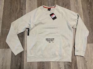 Nike Men's Lebron James Long Live The King Crewneck Sweatshirt Large BV3632-072