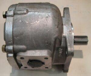 Fits Belarus Hydraulic Gear Pump NSH32A3 NSH32A300 100/102/560/562/570/572/800