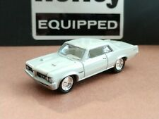 64 PONTIAC GTO HARDTOP COLLECTIBLE 1/64 SCALE LIMITED EDITION TRI-POWER MUSCLE
