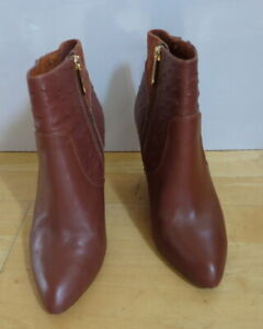 Stylish Dark Tan Leather Ankle Boots from Mimco - Size 37