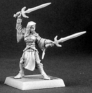 1 x SISTER ELENA BATTLE NUN - WARLORD REAPER miniature jdr rpg nonne soeur 14372